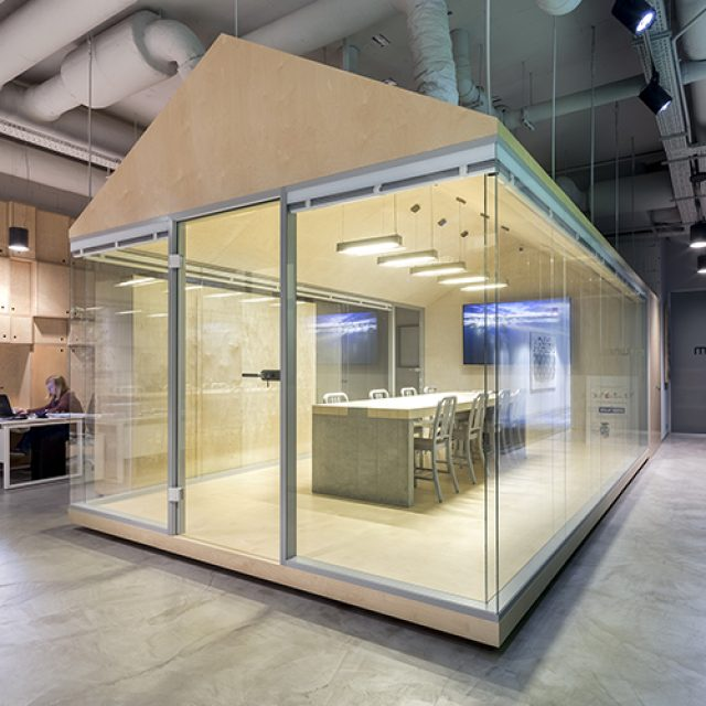 H9T Glass partition