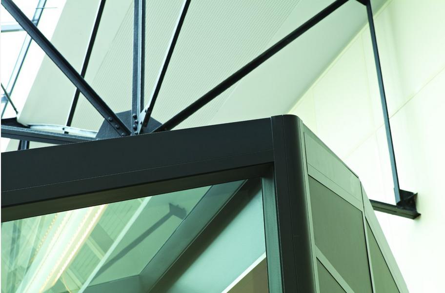 réhabiliter en bureaux un ancien entrepôt-cloison-hoyez-H9-ossature-noire