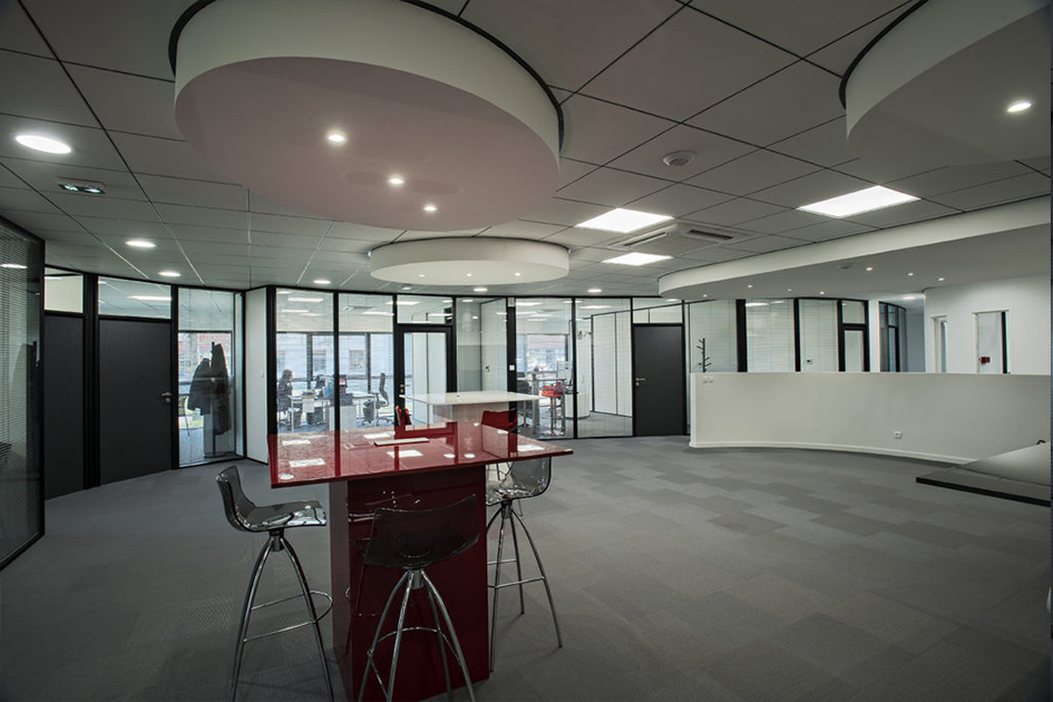 Realisation of a law firm composed of H7 glass partitions