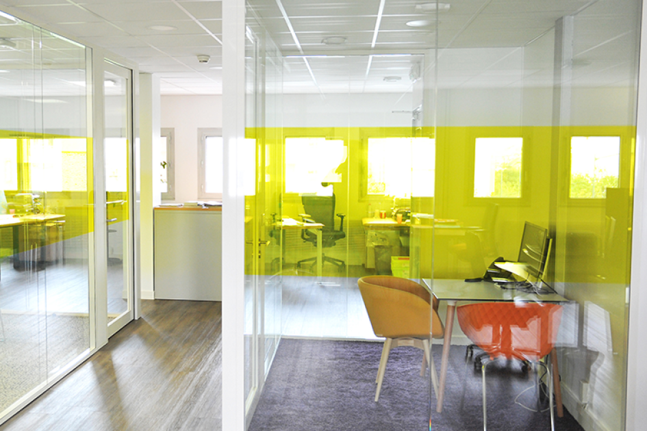 glass partition for offices combine design and fineness hoyez
